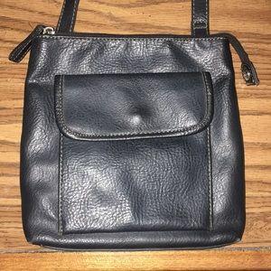 Relic black cross body purse great condition!